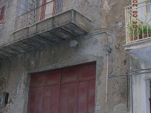 House with garage in Sicily - Dell'Arte Via Cinquemani