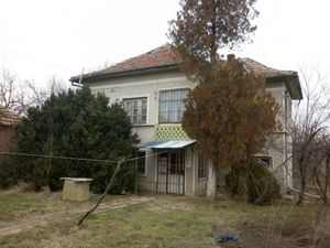 Nice country house situated in a quiet village near forest and hills 30 km away from the town of Vratza