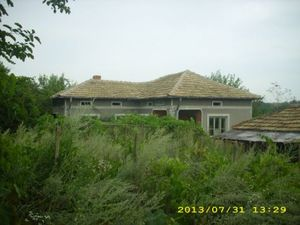 An old country house located near forest and dam 12 km away from General Toshevo,Bulgaria