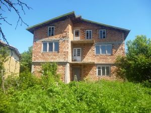 Big & spacious rural house located in a quiet village