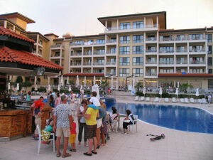 Big three bedroom flat located in holiday complex at seaside