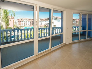 1-bed apartment on the first sea line