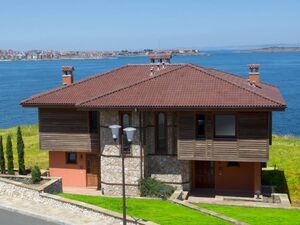 Semi-detached houses in luxury complex,First line to the sea