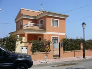 KR2838 Villa with Apartment 6 bed Orihuela Costa