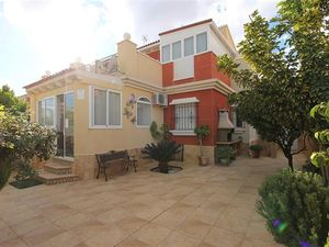 ID3576 Town House 5 bedrooms in Torrevieja