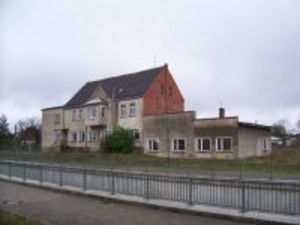 Big home near by Berlin 135km West lease possible