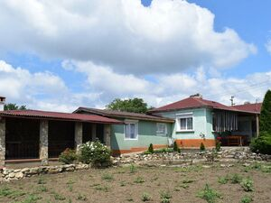 3 BED house with BBQ, sauna and large plot of land
