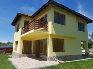 New built house with 3 bedrooms and 3 bath,8 km to Balchik