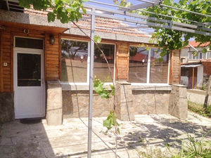 Furnished house with 3 bedrooms 10 min to Sunny Beach