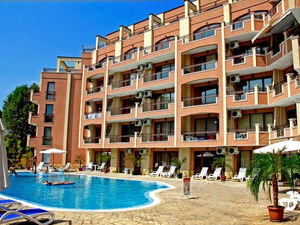 Pool view Furnished 1-bedroom apartment in Complex Antares