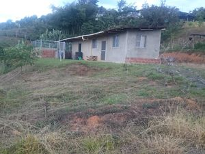 Land and house for sale in La Cumbre Valle Colombia