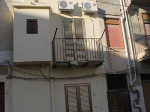 Townhouse in Sicily - Taglialavore Via Crispi