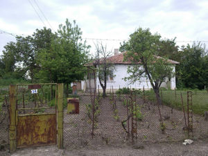 Two bedroom rural house close to the sea