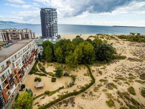 Sea view Luxury 1-bedroom apartment in Dune Residence