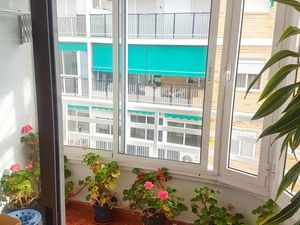 GOOD APARTMENT WITH GLAZED BALCONY