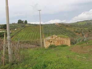 Land and Ruined house in Sicily - Barbiera Cda Castellaccio