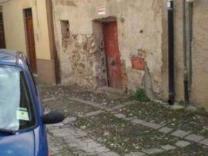 sh 593  town house, Caccamo, Sicily