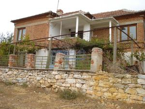 Cozy Bulgarian real estate in good condition affordable pric