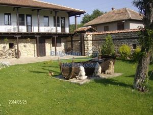 9 bedrooms traditional Bulgarian style house land 7000 sq.m.