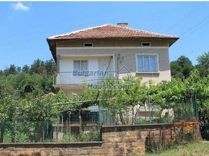 House in good condition for sale, 25km from Mezdra, Vratsa