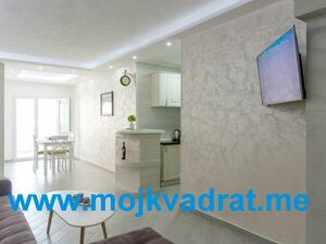 Luxurious two bedroom apartment 96m2 Budva
