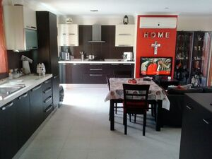 Penthouse Luxurious Fully Furnished Direct from Owner.