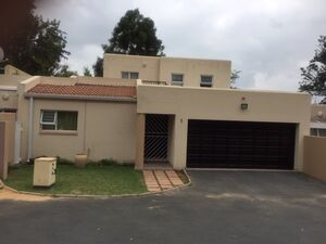 4 Bed 3 Bath Double-Story Townhouse for Sale in Buccleuch