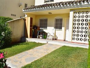 DUPLEX APARTMENT IN BUENAVISTA ON THE STRIP OF CALAHONDA