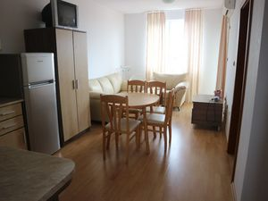 Cheap 1-bedroom apartment in Sunny Beach