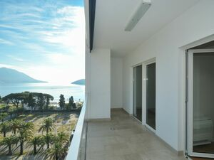 Two bedroom Apartment 87m2 Tre Canne Budva