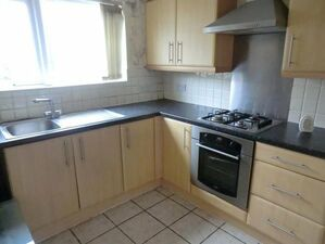 2 Bedroom Terraced House Near Liverpool City Centre