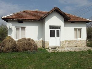Small renovated country house for rent