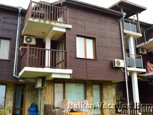 3-bedroom semidetached villa close to the beach in Sozopol