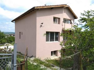 Three-storey house in Staro Oryahovo (13km from the beach)