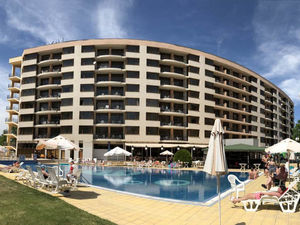 SEA VIEW 1 bedroom apartment + parking in Poseidon Complex