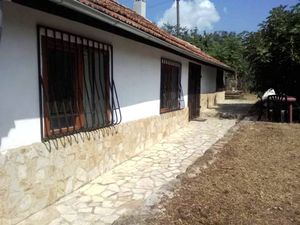 Renovated furnished house 28 km from Varna