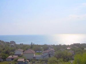 A three-storey house 7 km from the center of Varna, sea view
