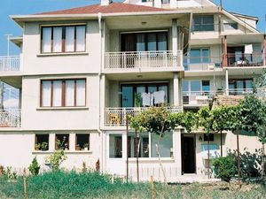 A three-storey house in Kranevo 800 meters from the sea.