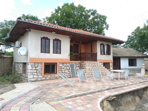 Renovated two-storey house in Nevsha, 40 min from Varna
