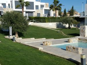 Furnished 2bed, 2bath apartment with parking in Punta Prima,