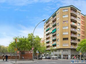 4-Bedroom Apartment in Barcelona (Les Corts)