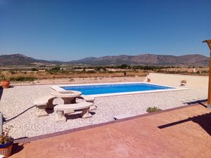 5/6 Bed off grid Villa with great views & 8x4m pool