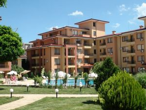 Large 2 BED 2 BATH apartment in St. Vlas, 200 m to the sea