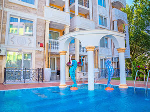 Luxury 1-Bedroom apartment with POOL view in Sweet Homes 5