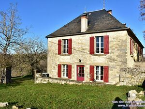 Lot - Causse - Charming old stone house 200 m2, B&B, 6Ha