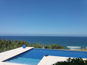 Magnificent 3 bed villa, 1st line, in Praia Grande