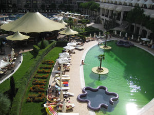 1-Bedroom apartment with Pool view in Royal Beach Barcelo