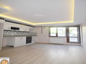 2+1 with open kitchen for sale in Beylikduzu Istanbul