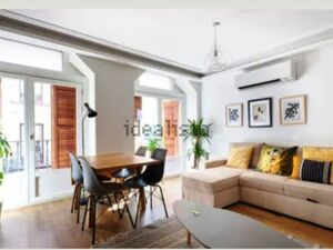 Flat for sale in calle de Atocha, 55