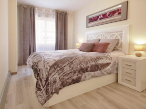 2bed 1bath refurbished furnished 200m from beach Torrevieja